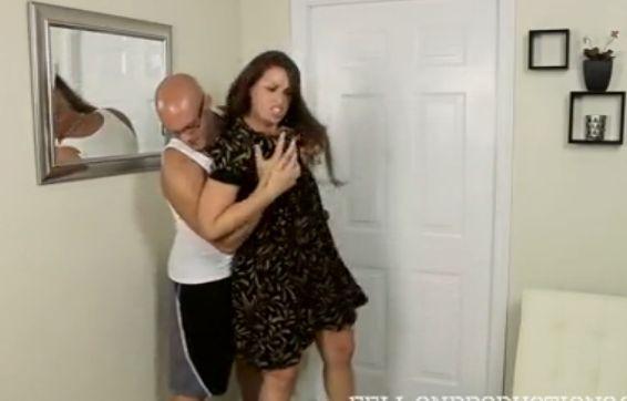 Maciza violada por su hijo al llegar a casa
