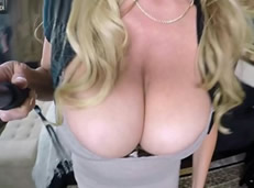 Kelly Madison, una cincuentona adicta al sexo