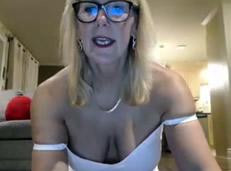 Abuelas porno tienen sexo por webcam