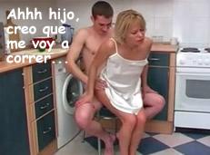 Madre cabalga sobre la polla de su hijo en la cocina