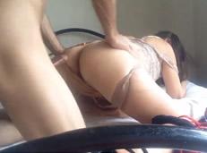Filtra el vídeo xxx de su tía follando