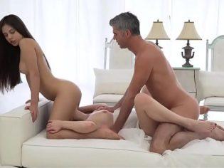 porno de trios corridas femeninas xxx