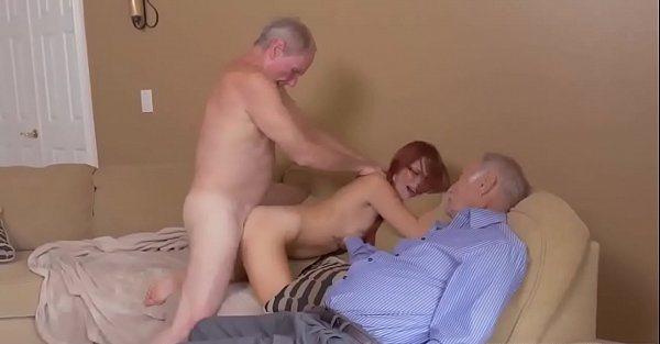 sexo duro con el mejor amigo abuelo