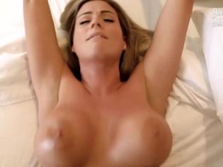 Vacaciones de sexo con su madre ¡una tetona acojonante!