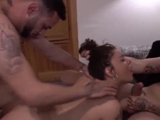 Sexo salvaje con la chica más puta de FaKings (español)