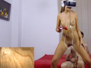 Follada mientras juega con las gafas de realidad virtual