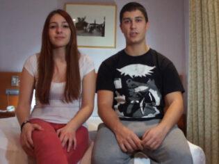 Parejita española de 18 años en busca de nuevas experiencias
